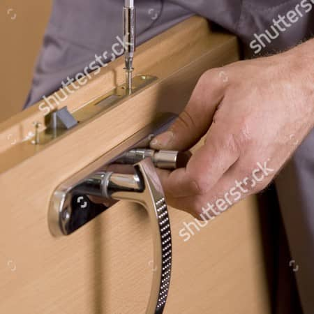 lock-replacement-screwdriver